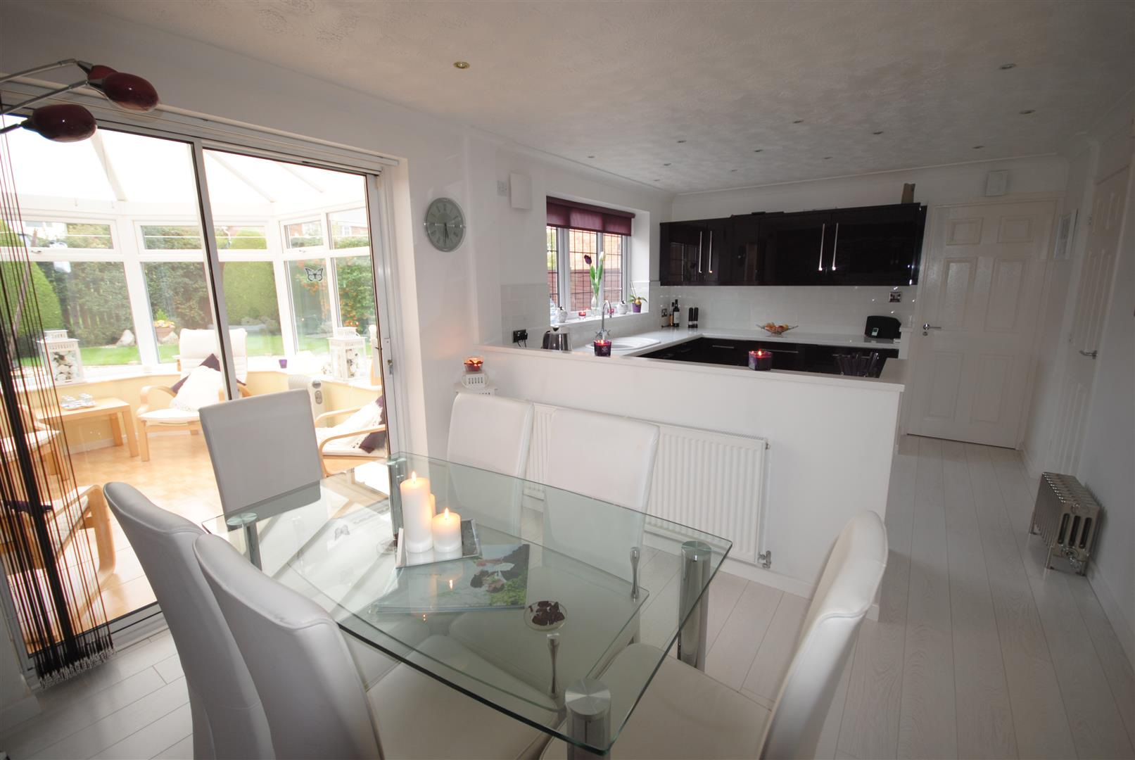 4 Bedrooms Detached House for sale in Holly Heath Drive, Whitley, Wigan.